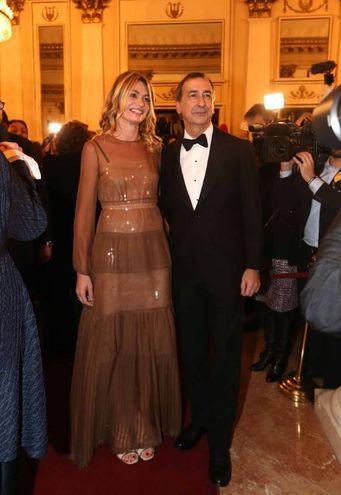 Il sindaco di Milano Giuseppe Sala con la compagna Chiara Bazoli (Lapresse)