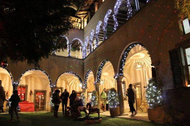 1) La casa bergamasca di Babbo Natale, Lovere
