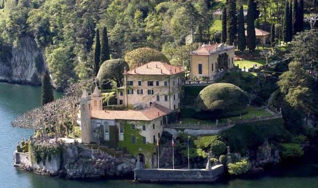 4) I presepi a Villa Balbianello, sul lago di Como