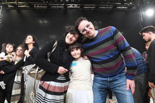 Zecchino d'Oro, la vincitrice con i suoi genitori (foto Schicchi)