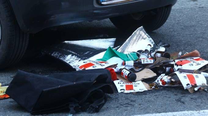 Le birre trovate nel baule dell'auto (Orlandi)