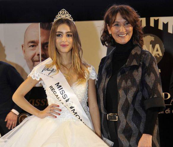 Miss Vitality's Regali a Palazzo, Rebecca Bernardi, con Cinzia Barbieri di Cna