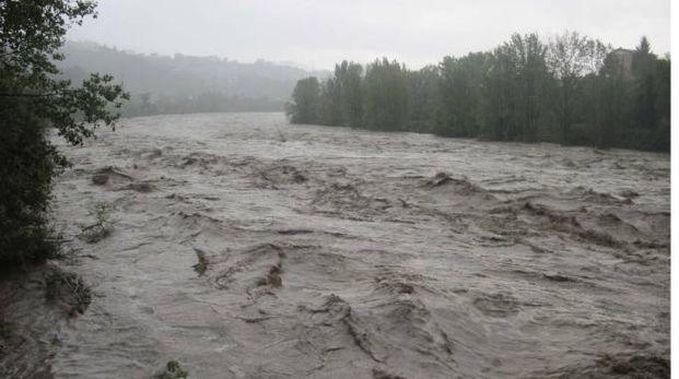 Il fiume Magra in piena