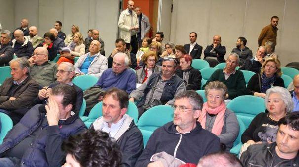 Un'assemblea pubblica del Comitato Consorziati