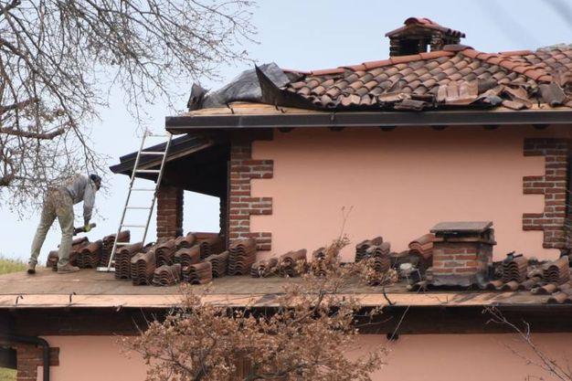 Una casa danneggiata a Salto di Montese (Foto Walter Bellisi)