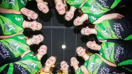 Una curiosa foto di squadra del Volley Aglianese