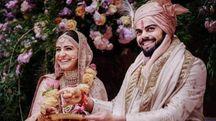 Virat Kholi e Anushka Sharma nel giorno delle nozze a Borgo Finocchieto