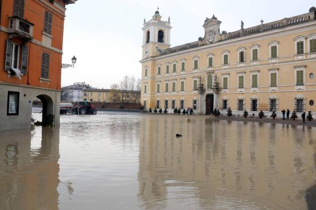 Gli allagamenti a Colorno, Parma (Ansa)