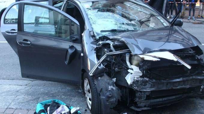 L'auto distrutta (Orlandi)