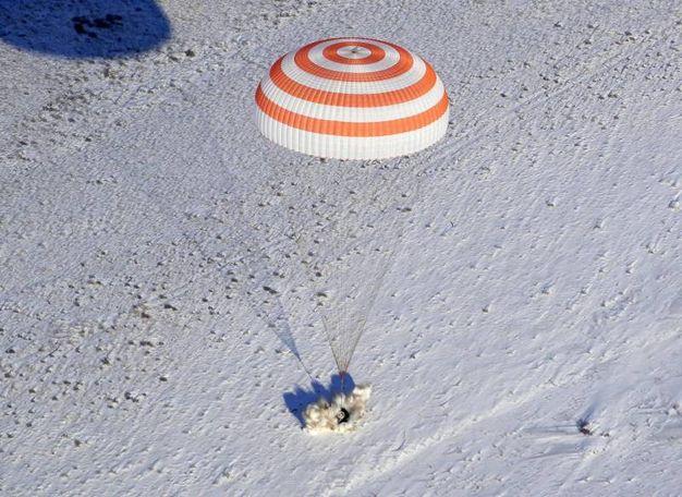 Atterraggio della capsula spaziale vicino Zhezkazgan, Kazakistan (Ansa)