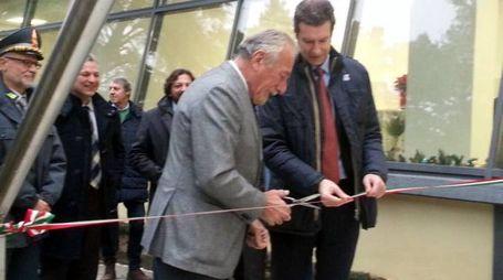 Il taglio del nastro affidato al sindaco e a Eugenio Alphandery