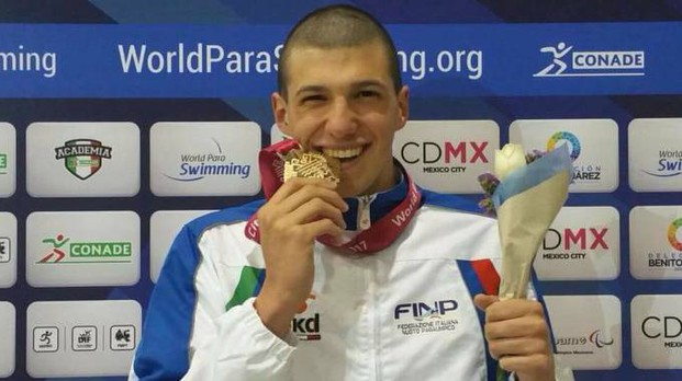 Simone Barlaam, campione del mondo di nuoto paralimpico