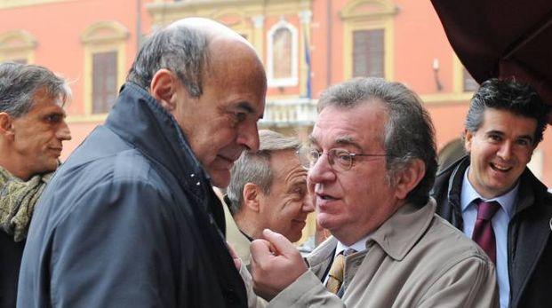 L'ex sindaco Marchignoli assieme a Bersani. Correva l'anno 2012