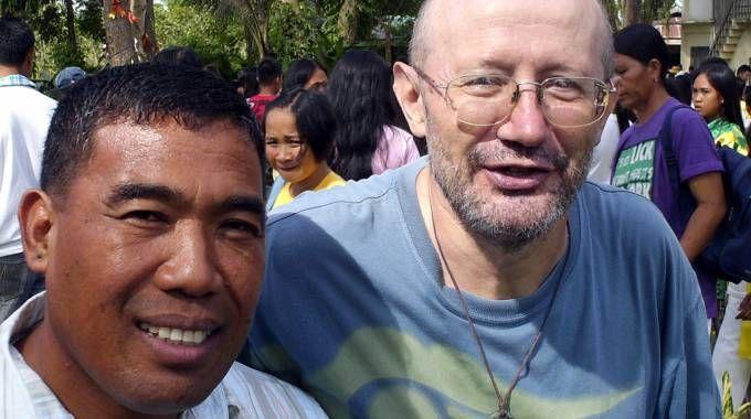 Padre Fausto Tentorio il missionario del Pime ucciso  il 17 ottobre di tre anni fa (Cardini)