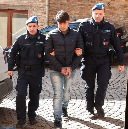 Delitto di Ismaele Lulli, ergastolo per Igli Meta e 28 anni e 4 mesi a Marjo Mema