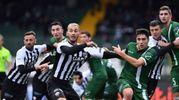 Perez nella mischia prima del gol dello 0-1 (foto LaPresse)