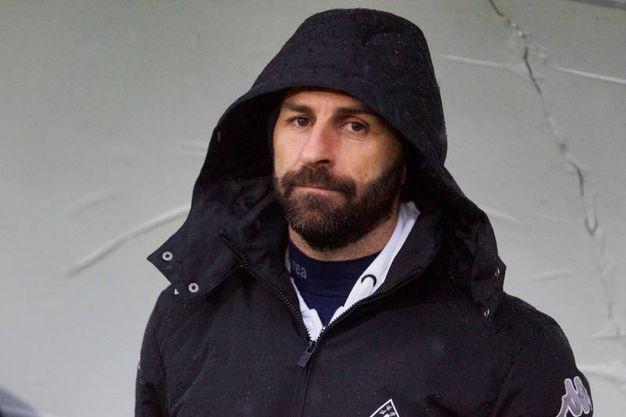 L'allenatore  del Prato Pasquale Catalano (LaPresse)