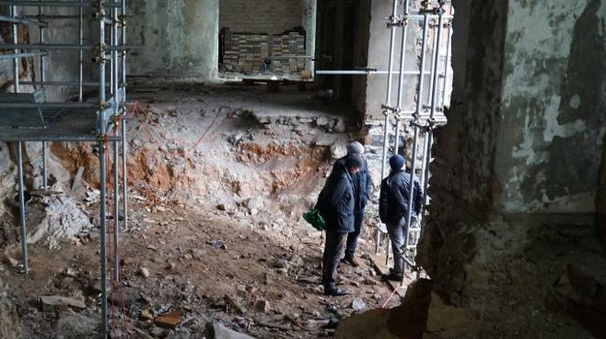 Gli interni dell'ex Locanda di San Pietro