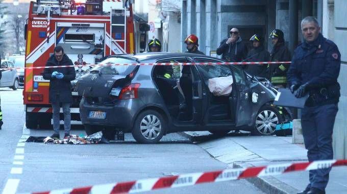L'auto che ha seminato terrore nel centro di Sondrio