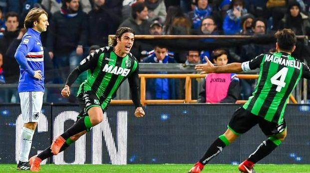 Matri esulta dopo aver segnato il gol della vittoria per il Sassuolo contro la Samp (Foto Lapresse)