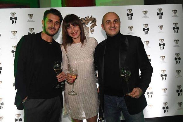 In tanti hanno partecipato alla festa. Da sinistra, Luigi Sangermano Claudia Signoretti e Stefano Della Porta (Foto Schicchi)