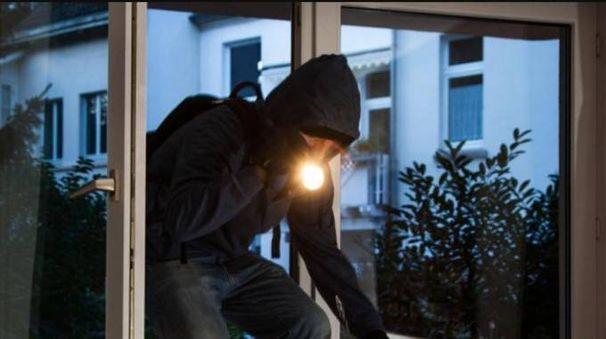 I ladri sono entrati passando da una piccola finestra (Foto d'archivio)
