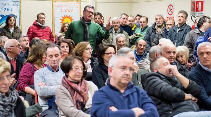 Un'assemblea pubblica sul tema