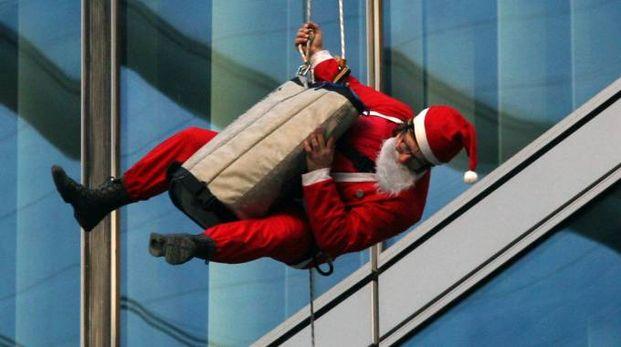 Babbo Natale a Milano (La Presse)