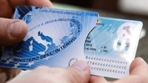 Carta d'identità elettronica (Newpress)