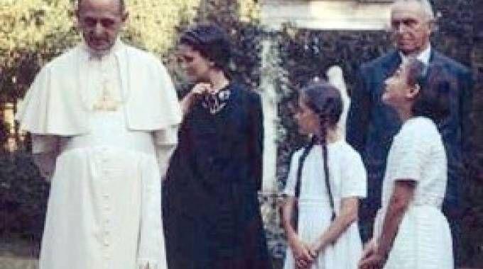 Papa Paolo VI con la famiglia