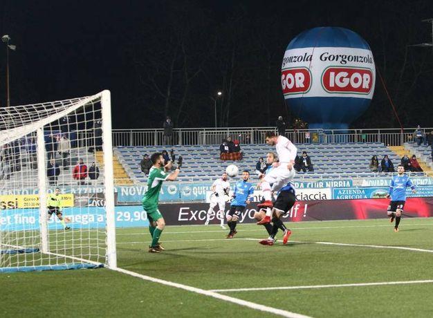 Novara-Perugia 1-1, il gol del pareggio di Cerri (LaPresse)