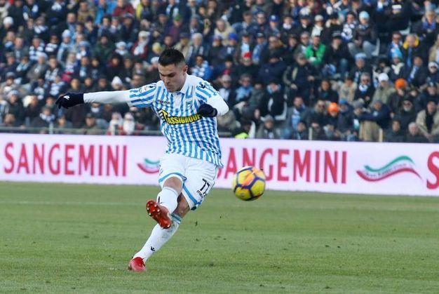 Federico Viviani segna il gol dell'1-2 (foto Ansa)