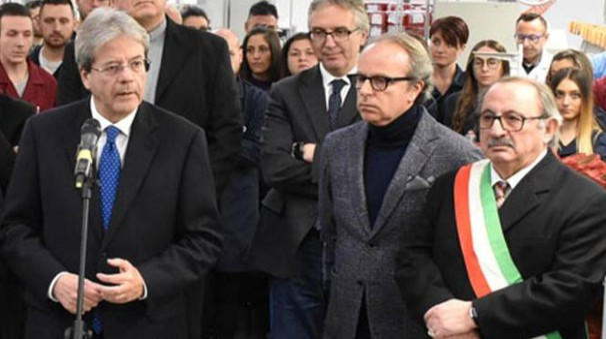 Il premier Gentiloni, Andrea Della Valle e il sindaco di Arquata, Aleandro Petrucci