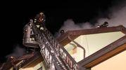 Incendio in un appartamento a Piavola (Foto Ravaglia)