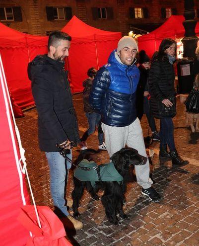 I proprietari e i loro cani si sono ritrovati per uno scambio di auguri e di saluti (FotoPrint)