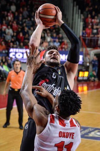 Alessandro Gentile ha trascinato la Virtus con 32 punti (foto Ciamillo)