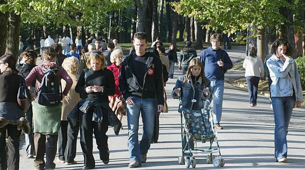 Turisti nel parco termale