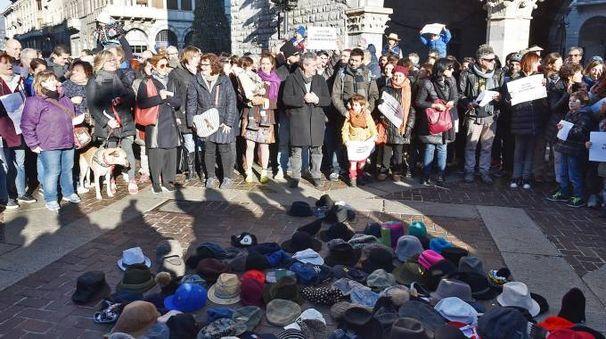 Protesta contro l'ordinanza anti clochard