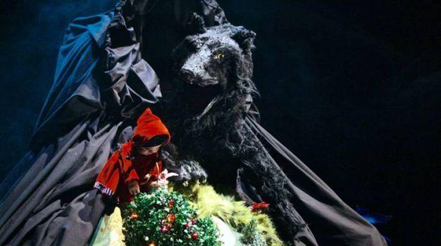 Rosso Cappuccetto, Teatro delle Briciole, da 4 a 8 anni