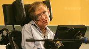 Stephen Hawking e l'accusa di molestie sessuali