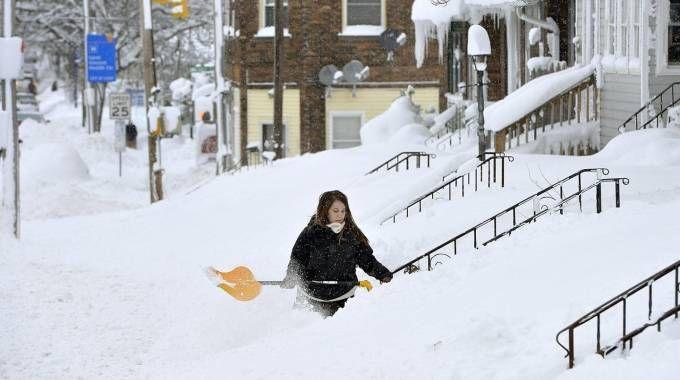 Previsioni meteo, la nevicata da record in Pennsylvania (Ansa)