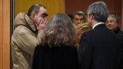 Il cantante Elio visita la camera ardente di Gualtiero Marchesi (foto Lapresse)