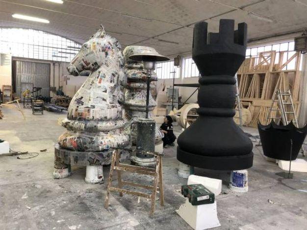 Il vecchione è stato pensato dal collettivo artistico Gli Impresari, formato da Edoardo Aruta, Marco Di Giuseppe e Rosario Sorbello