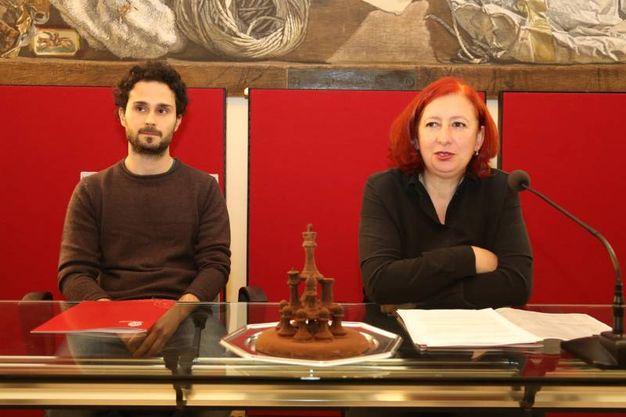 Bruna Gambarelli con Marco Di Giuseppe, uno degli autori del vecchione (foto Schicchi)
