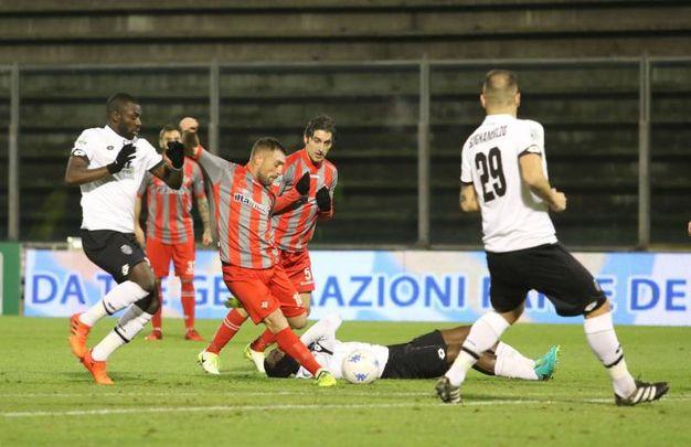 Cremonese-Cesena, un momento della partita (foto LaPresse)