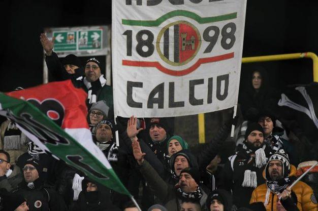 Brescia-Ascoli, i tifosi del Picchio (foto LaPresse)