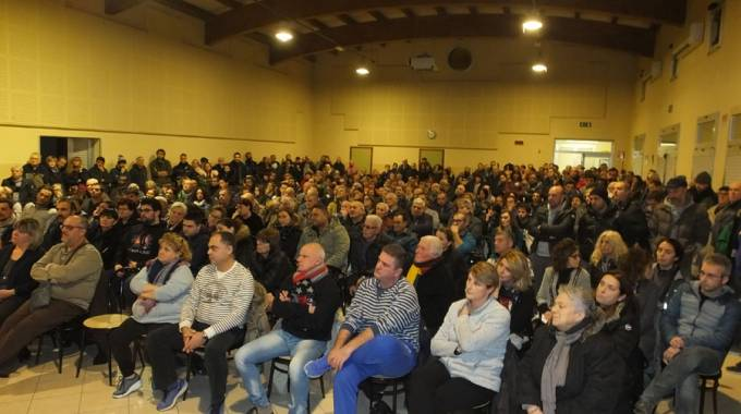 L'assemblea a Lentigione