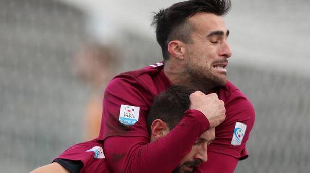 Si festeggia il gol di Germinale poi il Padova pareggerà