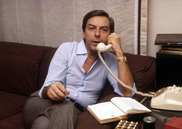 Daniele Piombi, 'il signore della tv', muore a 83 anni il 18 maggio. Il notissimo presentatore aveva anche ideato gli Oscar della Tv