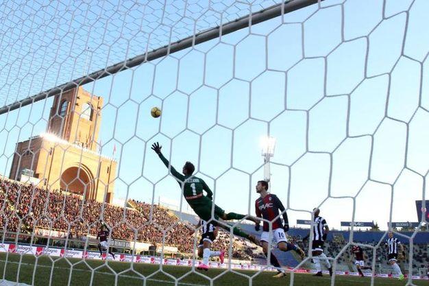 Il gol visto dalla porta (foto Ansa)
